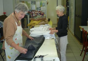 Service indispensable : la lingerie de la Cité Saint-Pierre de Lourdes !