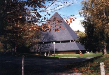 Bâtiment du Cairn à la Cité Saint-Pierre à Lourdes