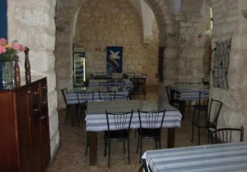 La Maison d'Abraham du Secours Catholique-Caritas France à Jérusalem, offre l'hospitalité aux pèlerins de toute religion.