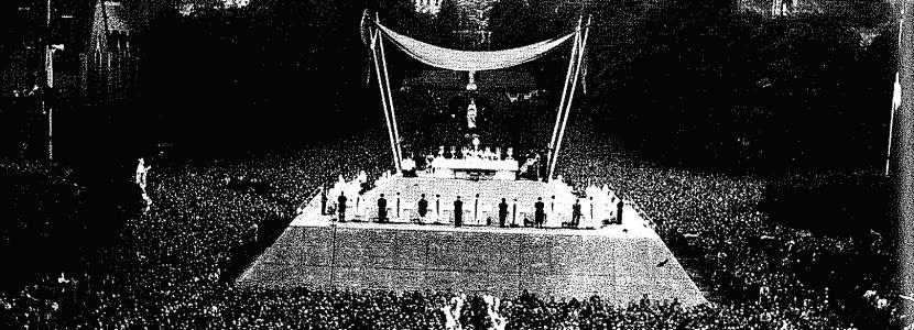En 1946, Jean Rodhain, fondateur de la Cité Saint-Pierre à Lourdes, organise le Pèlerinage du retour pour tous les prisonniers
