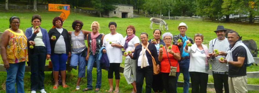 groupe de la Réunion en Voyage de l'Espérance à la Cité Saint-Pierre à Lourdes, en septembre 2013