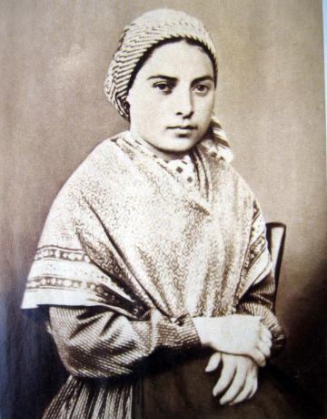 découvrir le sanctuaire de Lourdes et Bernadette Soubirous avec Jean Rodhain